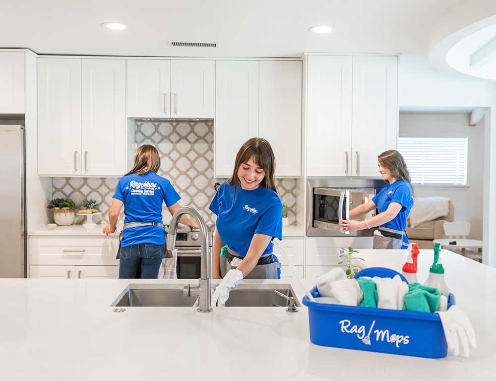 House Cleaning Specials | Rag Mops Cleaning Service aims to be the best maid service through our quality house cleaning and exceptional customer service. With our centralized location in Lewisville, we're able to provide residential cleaning services to Lewisville, Highland Village, Lantana, Double Oak, Copper Canyon, Corinth, Lake Dallas, and Hickory Creek.